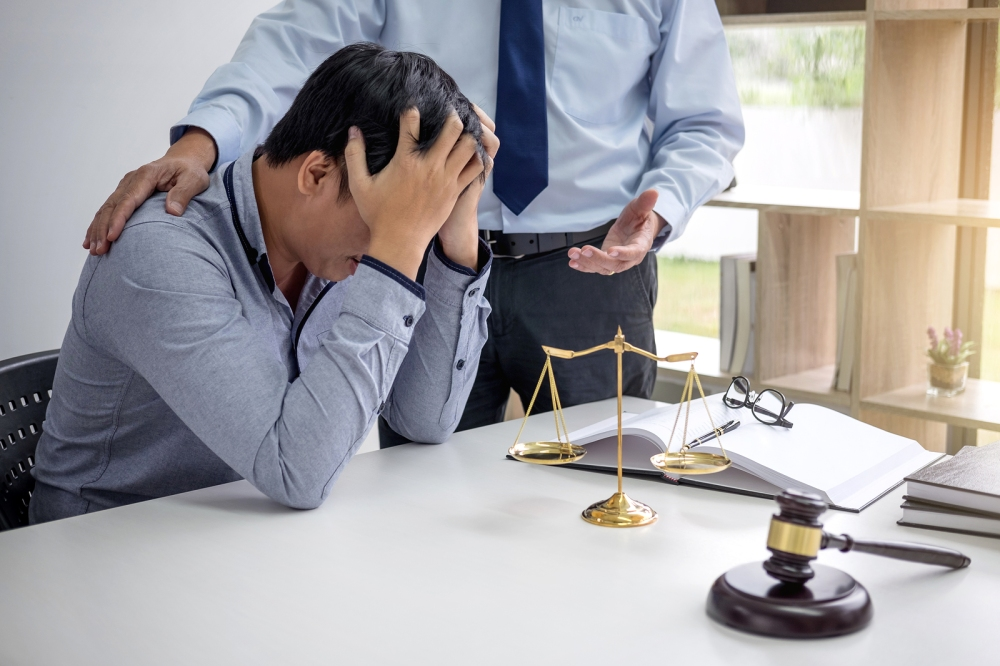 A lawyer who bullies his way through a trial shows a lack of confidence in his case. © BigStockPhoto